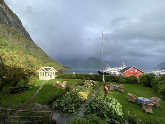 Utsikt over fjorden fra Walker hotel
